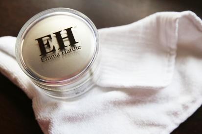 emma-hardie-moringa-cleansing-balm-5